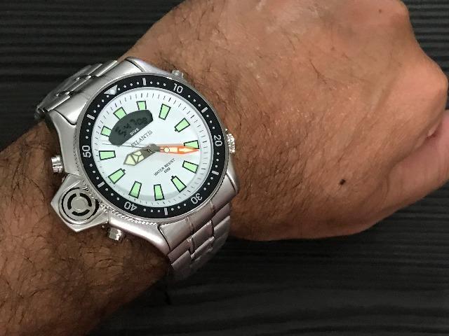 Relógio Masculino Atlantis Aqualand Branco Serie Prata pulseira de aço