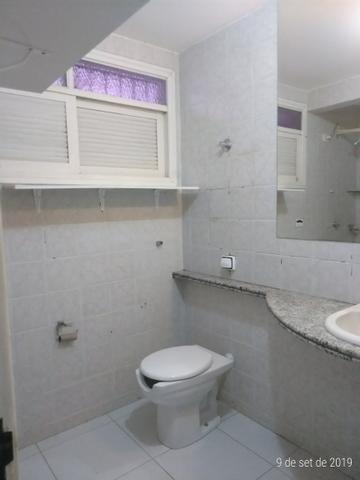 Vendo bela casa localizada em Ponta Negra - Foto 17