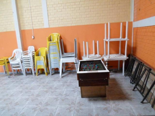 Salão Com 280 Metros Contendo Cadeiras mesas Churrasqueira festas - Foto 19
