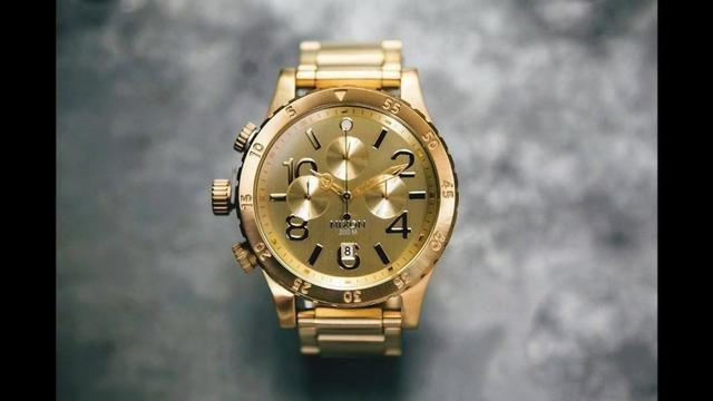 445a050cf2 Relógio Nixon 48-20 Chrono Dourado