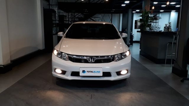 Blindado Honda Civic lxr Flex 13/14 80.000 km - Foto 5