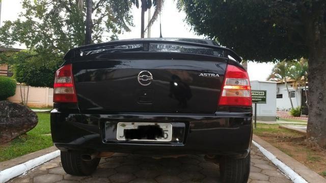 Vendo Astra Hatch 2.0 Completo Ar Direção Super Conservado! - Foto 11