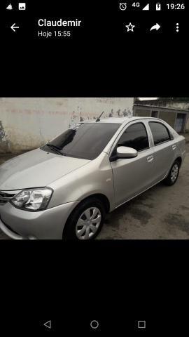 Vendo Toyota Etios - Foto 8