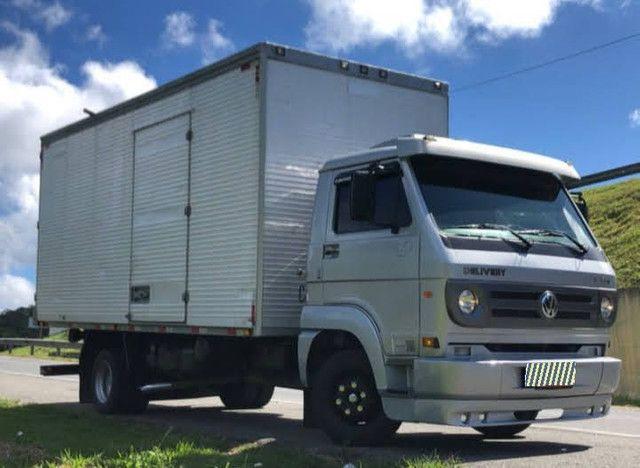 Caminhão 3/4 VW 9150 baú