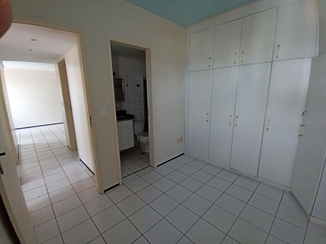 Apartamento com 3 quartos(01 suíte) na Pajuçara! Nascente, ventilado, confira! - Foto 6
