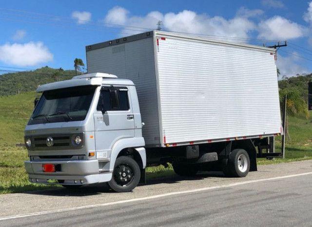 Caminhão 3/4 VW 9150 baú  - Foto 5