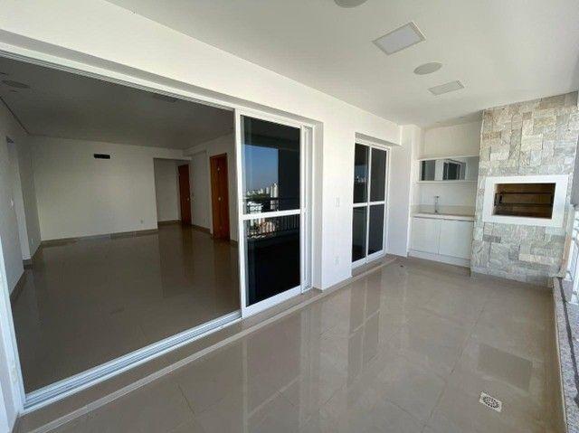 Apartamento no Edifício Arthur com 114 m², 3 Suítes, Duque de Caxias - Foto 2