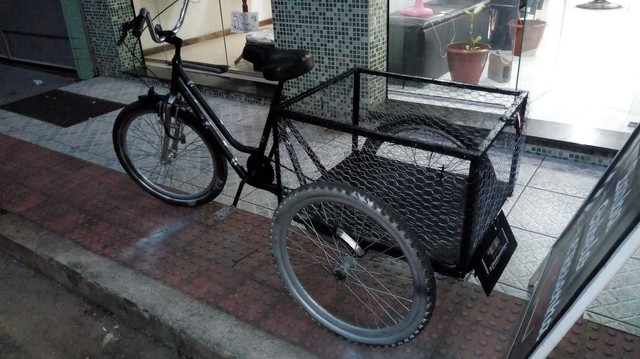 Vendo bicicleta triciclo cargueira - Foto 4