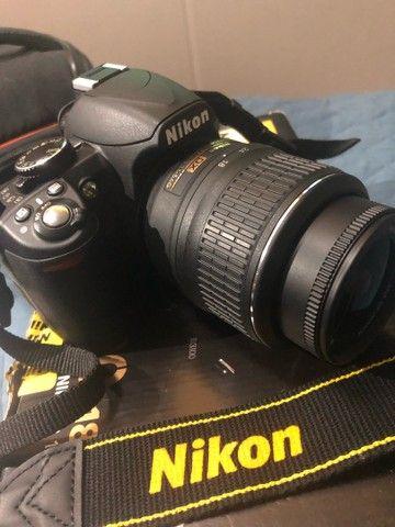 Câmera profissional Nikon D3100 - Foto 2