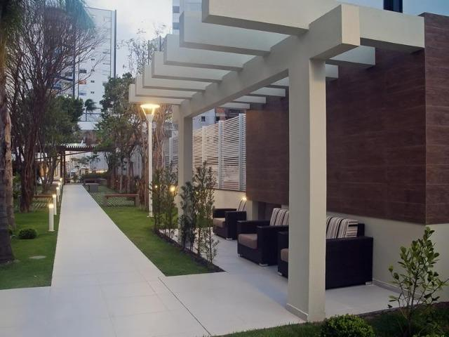 Lindo Apartamento Mobiliado no Itacorubi com 3D + Dep. Empregada +2 vagas