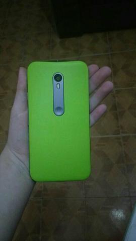Vende-se celular Moto G3, sem marcas de uso!