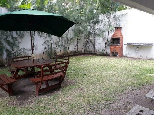 Apto 03 Quartos em Casa Forte - Zona Norte