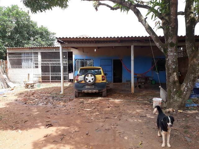 Vendo uma casa 120 mil zona sul ( atrás do ARAMIX da Br)
