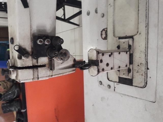 Maquina industrial de coluna
