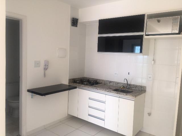 Apartamento novo de 1 Qt com armários e Varanda