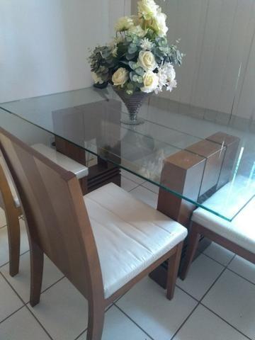 Vendo Mesa de Jantar + 4 cadeiras
