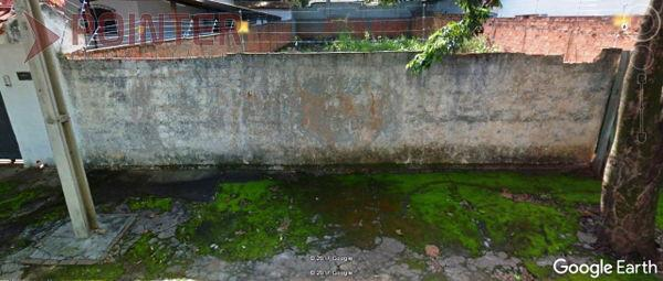 Terreno em rua - Bairro Cidade Jardim em Goiânia