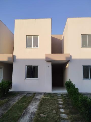 Casa duplex condomínio