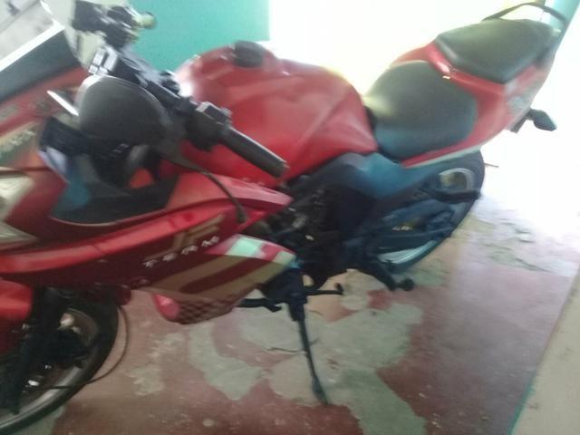 Tenho moto para troca em um carro - Foto 2