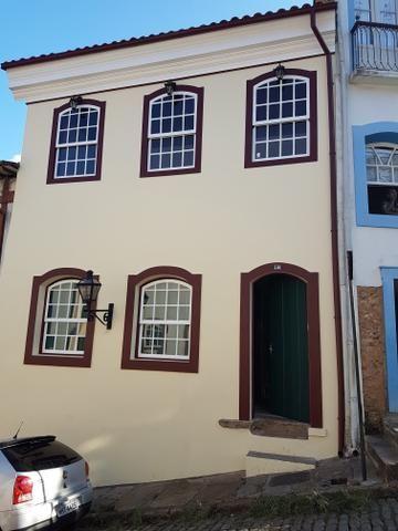 Linda casa na cidade histórica de Ouro Preto no centro praça tiradentes 2 andares