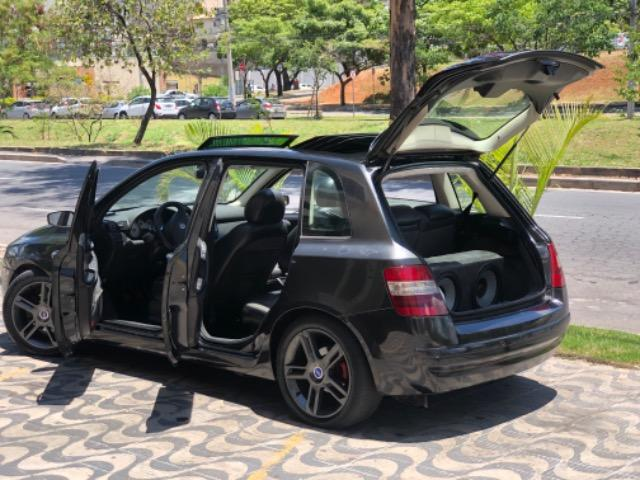 Fiat Stilo com Teto Solar, Rodas 17'', Suspensão preparada, Caixa de som, DVD - Foto 6