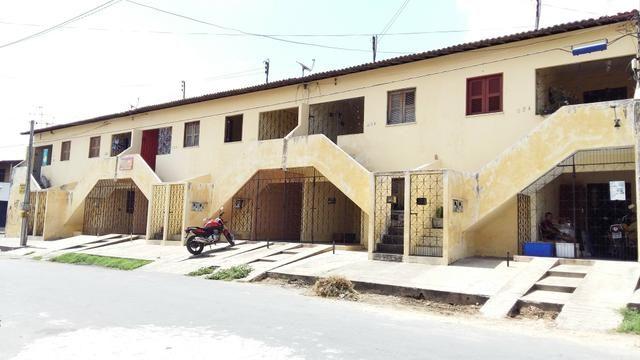 Casa - 2 QUARTOS e GARAGEM no Bonsucesso