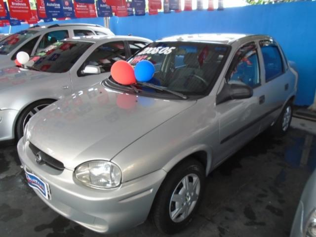 Gm Chevrolet Corsa Sedan 1 0 Mpfi 8v 71cv 4p 2005 564781059 Olx