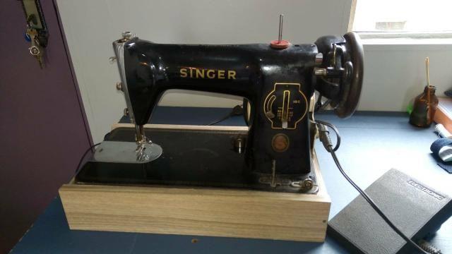 2a1f8a260 Máquina antiga Singer - Máquinas para produção industrial ...
