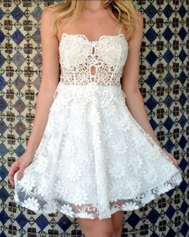 bdaa41ca6 Vestido branco bordado e com pérolas - Roupas e calçados - Gercino ...