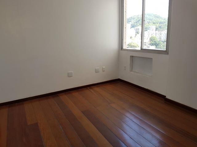 Tijuca, 2 qtos suite dep vaga ( Em Frente a Uerj) - Foto 3