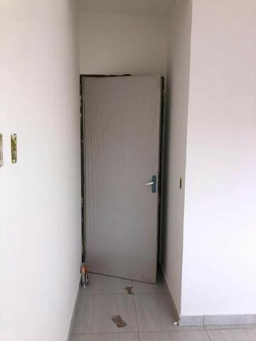 Casa com fino acabamento garagem coberta até 100% financiada pelo Minha Casa Minha Vida - Foto 3
