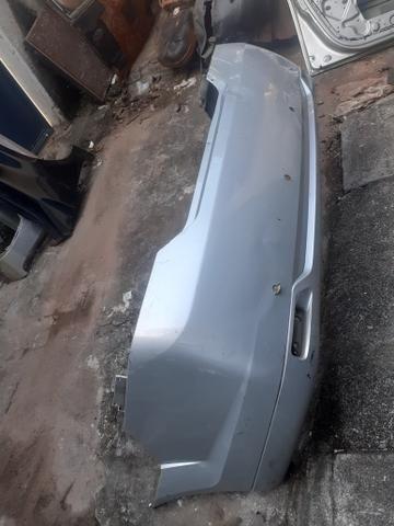 Para choque traseiro Fiesta Sedan