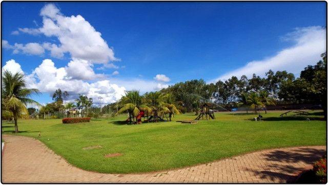 Lote de 1.200 m², murado e nascente no Condomínio Polinésia - Foto 4