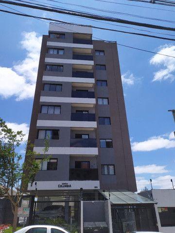 Apartamento 1 dormitório - 1 vaga - Edifício Columbia - São Francisco/Mercês