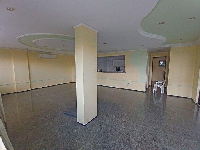 Apartamento com 3 quartos(01 suíte) na Pajuçara! Nascente, ventilado, confira! - Foto 11