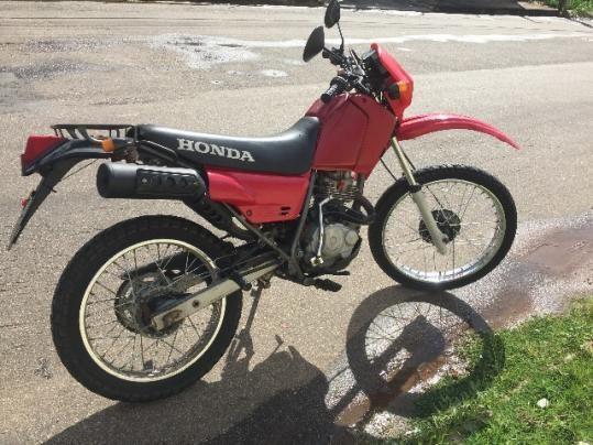 Honda Xlr Bem conservada leia a descriçao