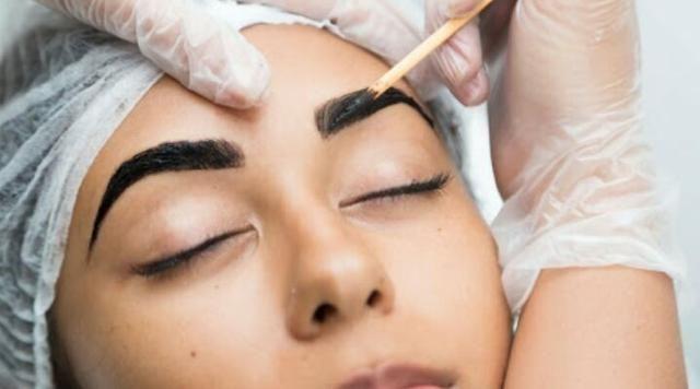 Promoção de sobrancelha de henna $19.90