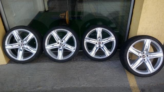 Rodas 18 com pneus ótimo estado