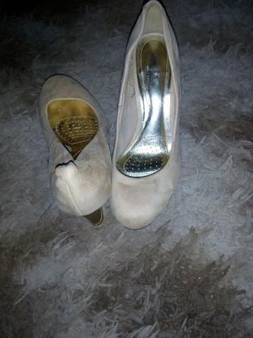 Lotes de sandálias número 34