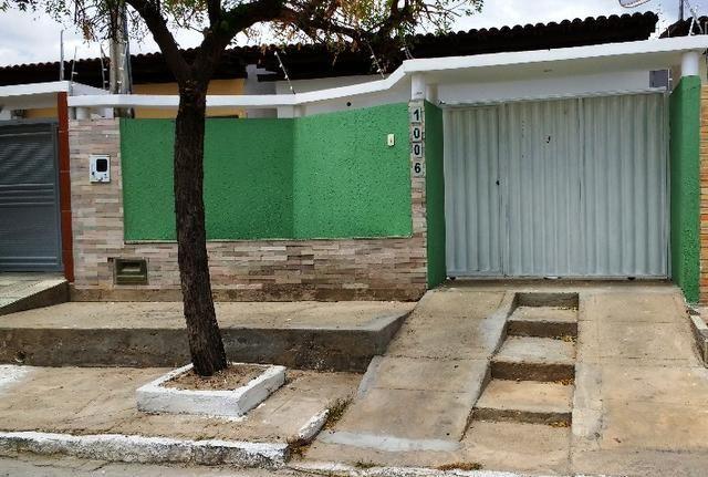 Casa em Patos, Diá imobiliária santa cecília, creci 157-j