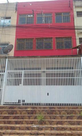 Prédio comercial e residencial - EQNN 01/03