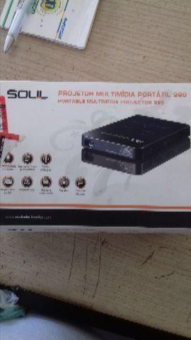 Projetor multimídia portátil