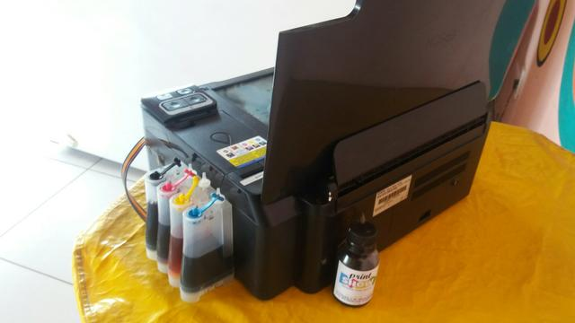 Vendo impressora Epson Tx 135 com Book Apenas 300$ motivo nao acertei trabalhar com Ela