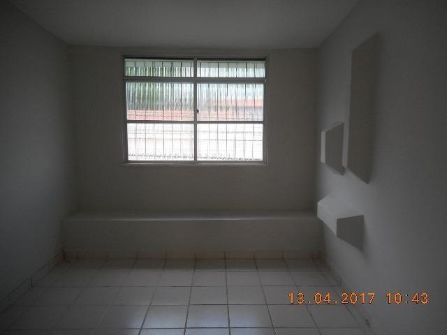 Casa com dois pavimentos na rua santa luzia bairro sao jose - Foto 14