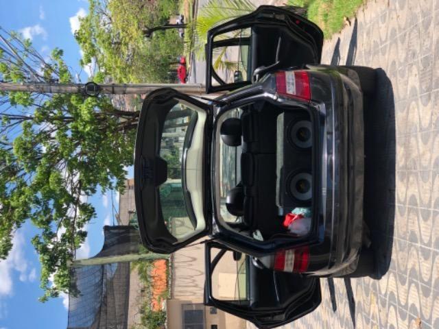 Fiat Stilo com Teto Solar, Rodas 17'', Suspensão preparada, Caixa de som, DVD - Foto 7