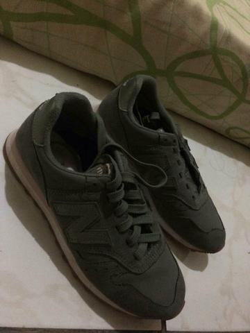 1d2db88b992 New balance 33 34 com detalhes rosa - Roupas e calçados - Ceilândia ...