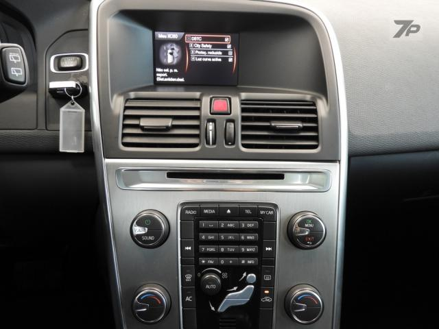 Volvo XC60 T5 Dynamic 2.0 Turbo 4P Automática - Foto 7
