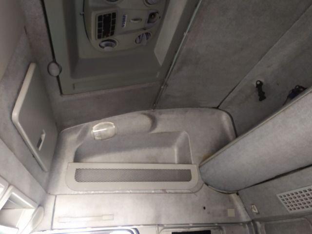 Iveco 330 ano 2011 Teto alto com ar condicionado Revisado - Foto 9