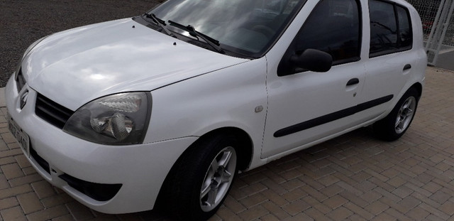 CLIO 4 portas - 2007 - Foto 9