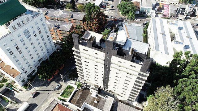 Apartamento no Condomínio Edifício Batel Diamond, Batel - Foto 3